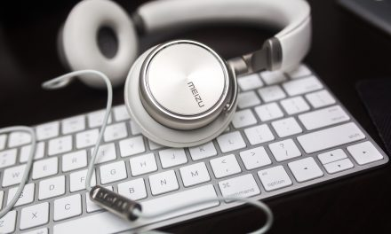 4 Must-Listen-To Podcasts for Wannabe Fiction Writers